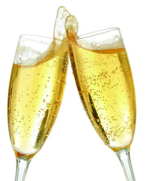 Image attachée: Champagne-Glasses-1.jpg